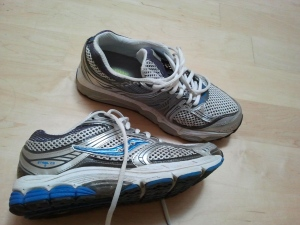 Mary Running Shoes